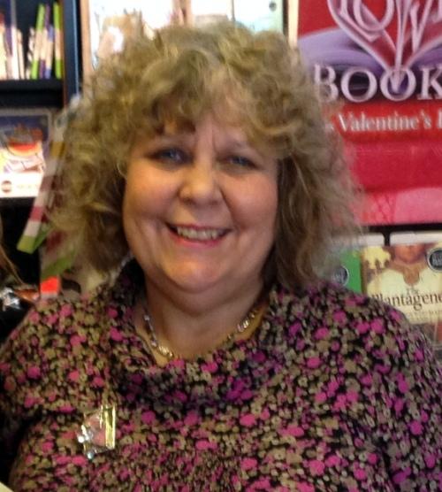 author photo - Lizzie Lamb